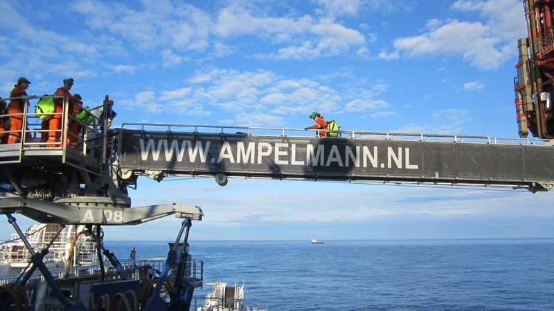 Ampelmann A-type Oil & Gas