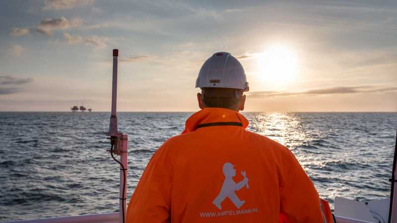 Ampelmann People Offshore